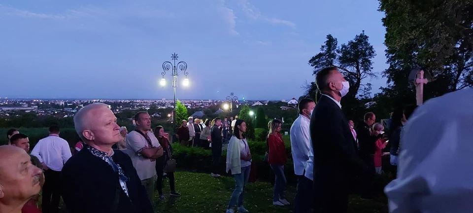 З Днем Незалежності, Україно! В Ужгороді на світанку молилися за мир у країні (ФОТО, ВІДЕО), фото-7