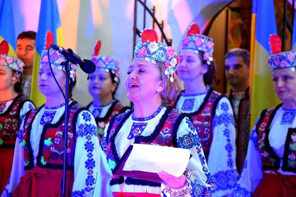 З Днем Незалежності, Україно! В Ужгороді на світанку молилися за мир у країні (ФОТО, ВІДЕО), фото-1