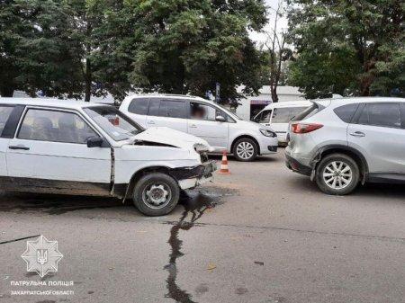 Упродовж доби - 11 ДТП: поліція Закарпаття звертається до водіїв (ФОТО), фото-2