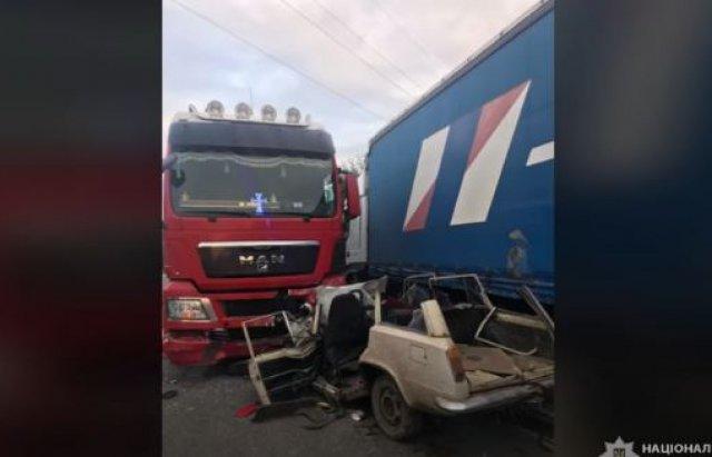 Троє закарпатців загинули у моторошній ДТП біля Коломиї (ФОТО, ВІДЕО), фото-1