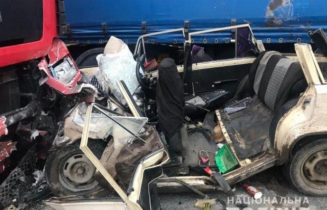 Троє закарпатців загинули у моторошній ДТП біля Коломиї (ФОТО, ВІДЕО), фото-2