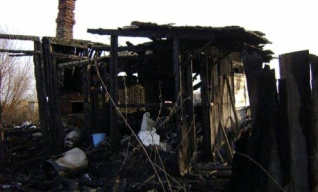 На Перечинщині повністю згорів будинок (ФОТО), фото-1