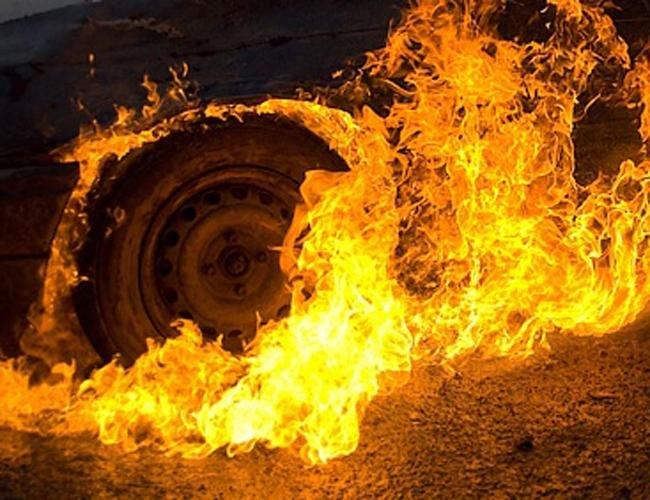 На Закарпатті горіли два автомобілі , фото-2