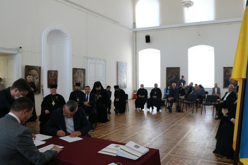 В Ужгороді підписано Меморандум про співпрацю з релігійними управліннями і об'єднаннями (ФОТО), фото-9
