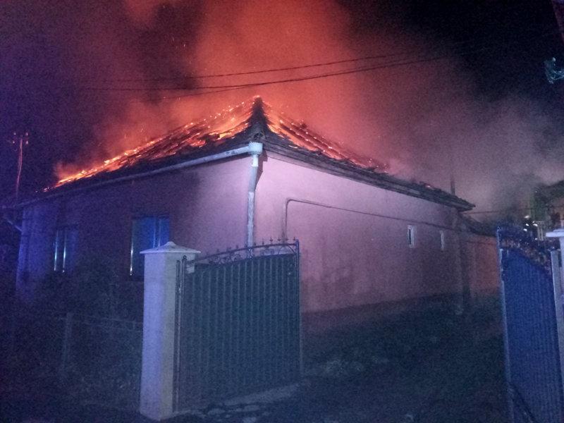 На Свалявщині під час пожежі загинув чоловік, фото-2
