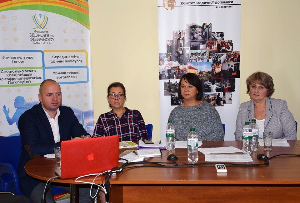 В Ужгороді обговорили питання розвитку системи надання послуг особам з інвалідністю (ФОТО), фото-5