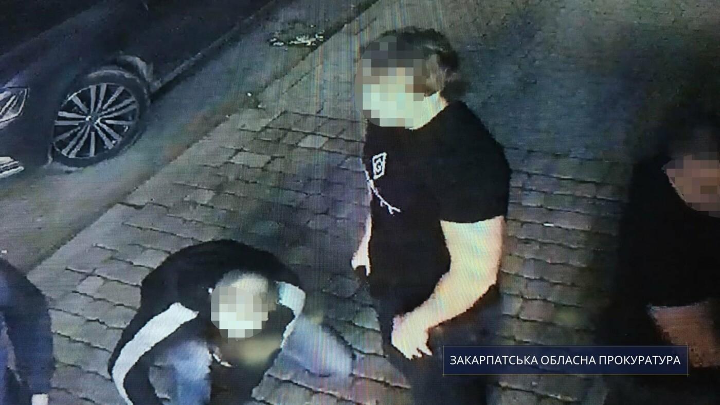 Ревнивий молодик вистрілив в ужгородця: чоловіка взято під варту, фото-1