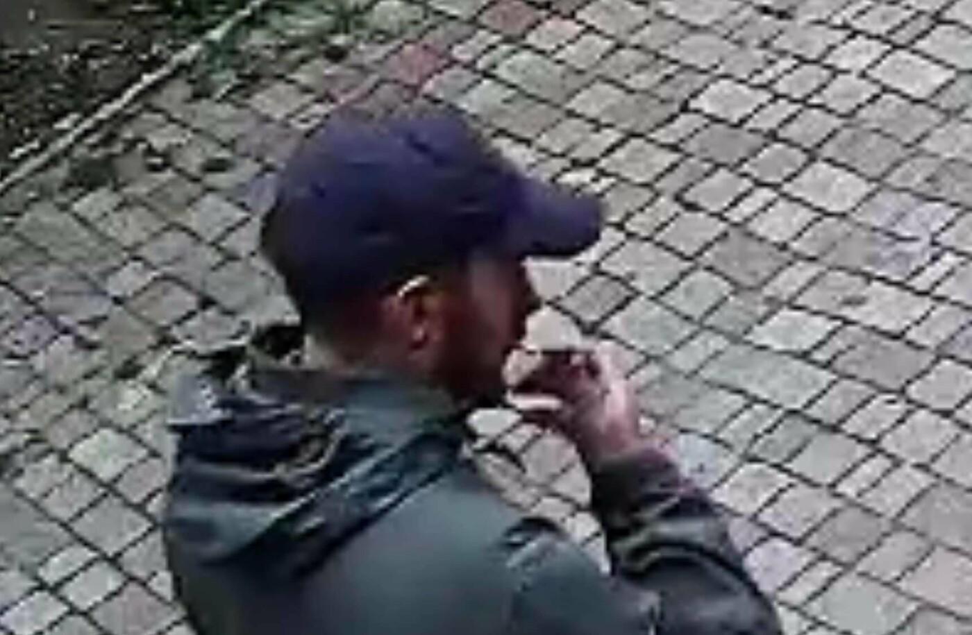 З'явилось відео нападу на активіста в Ужгороді. Причетних розшукують, фото-2
