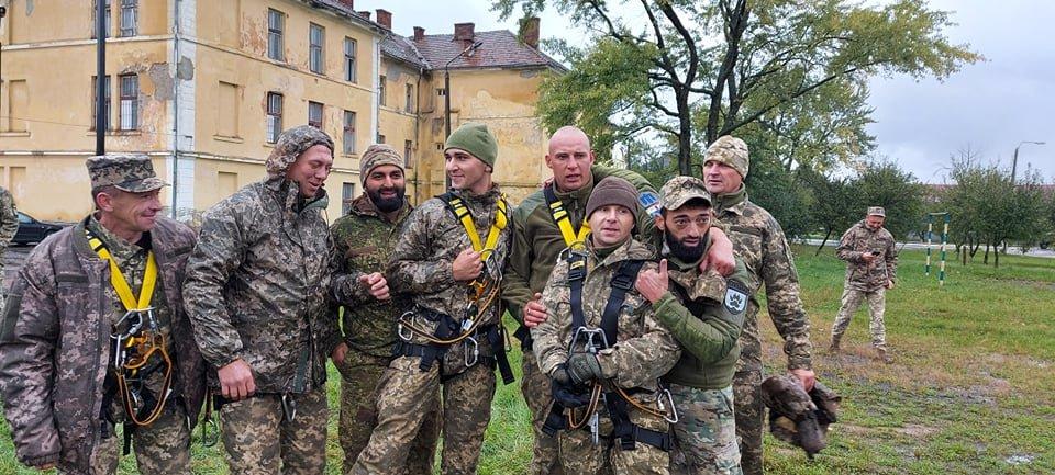 В Ужгороді пройшли змагання присвячені Дню захисника України (ФОТО), фото-1