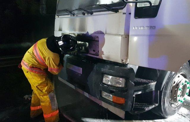 На Закарпатті на ходу загорілась вантажівка (ФОТО), фото-2