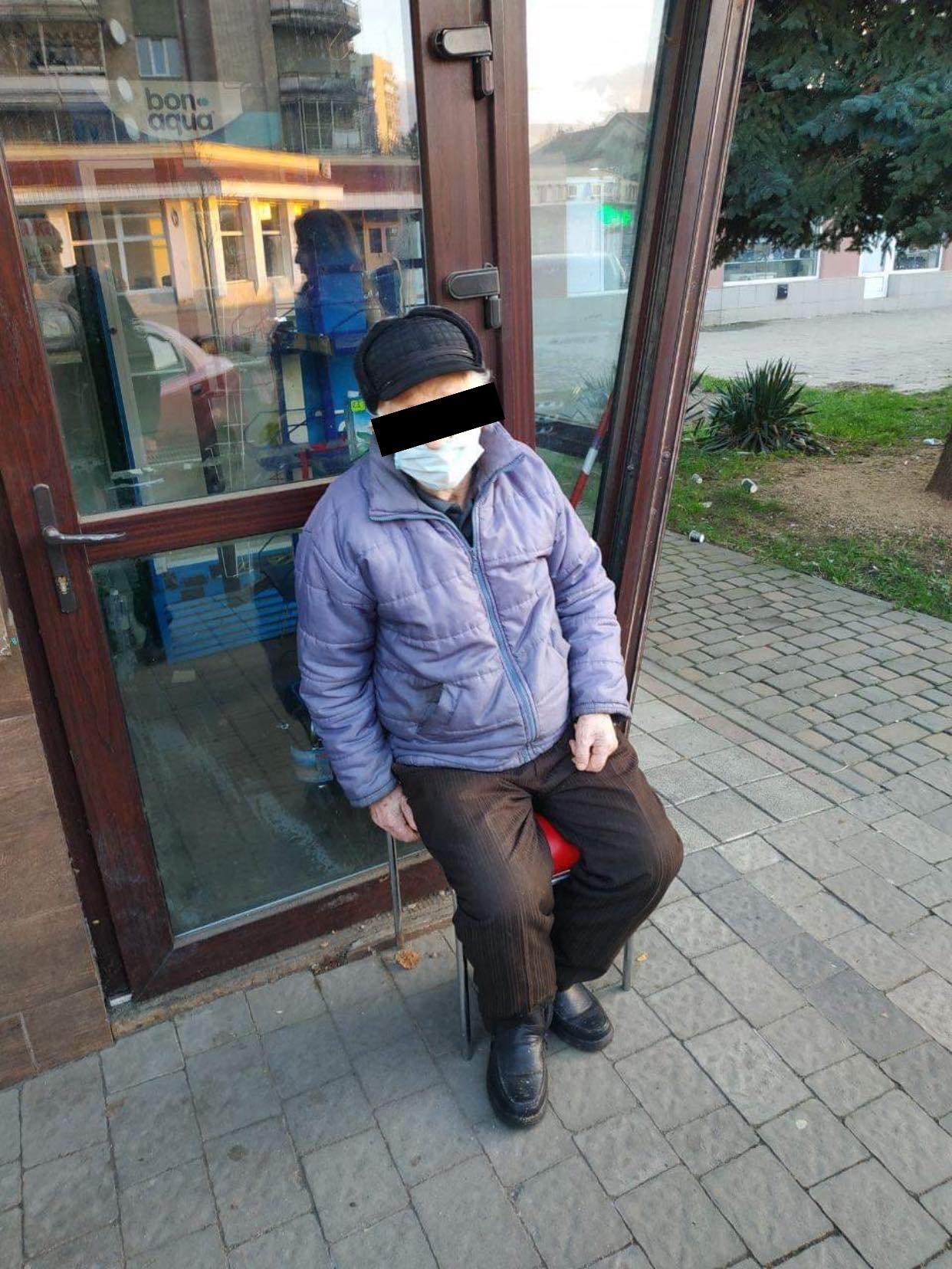 В Ужгороді патрульні у свій вихідний затримали злочинця, який викрав у пенсіонера гроші (ФОТО), фото-2
