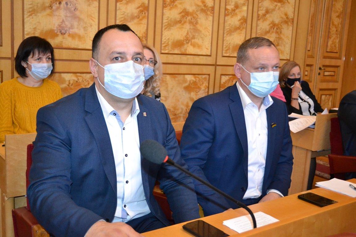 Засідання обласної ради VIII скликання: депутати затвердили постійні комісії та президію, фото-8
