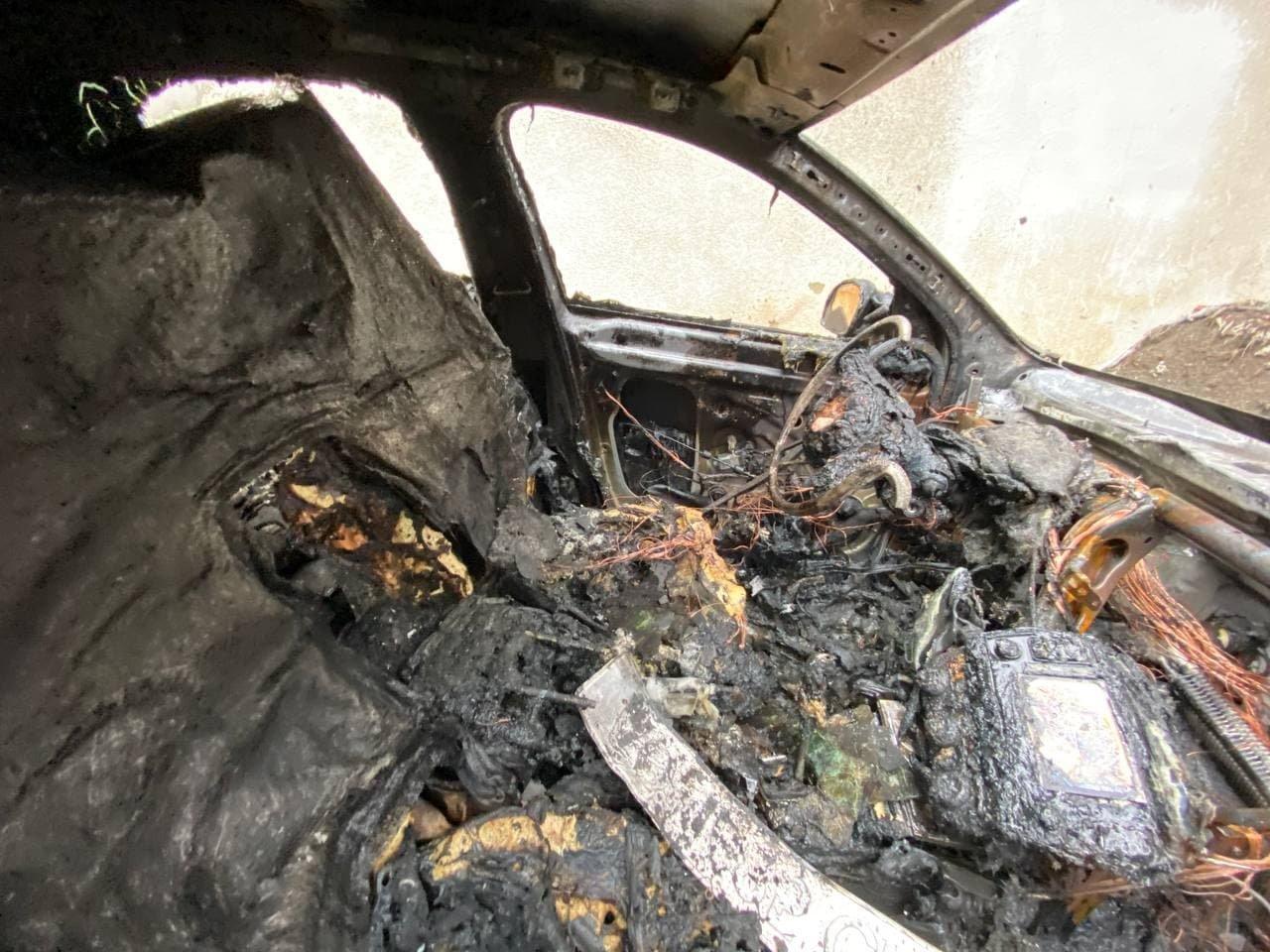 В Ужгороді зранку палали два автомобілі (ФОТО), фото-3