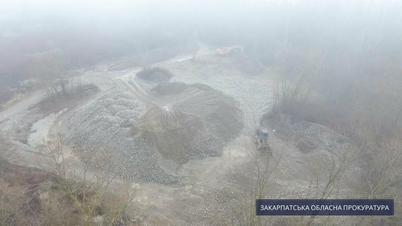 На Тячівщині підприємець незаконно видобував гравій: сума збитків становить 10 млн грн (ФОТО), фото-2
