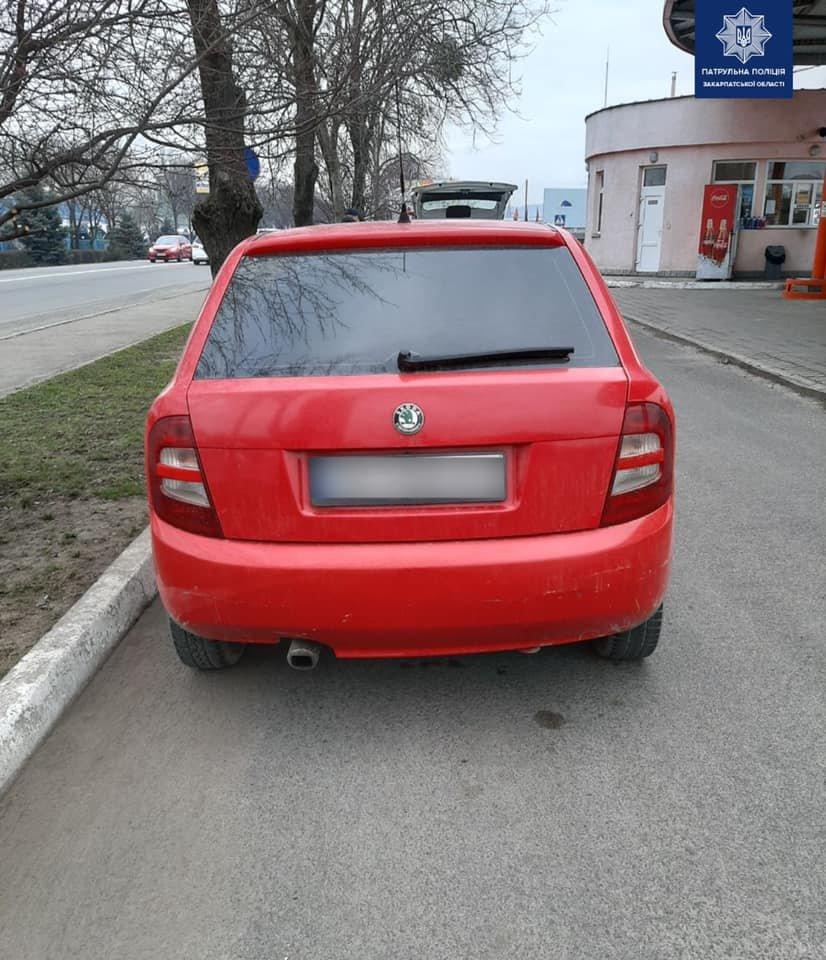 Патрульні Закарпаття розшукують винуватця та очевидців ДТП у Мукачеві (ФОТО), фото-2