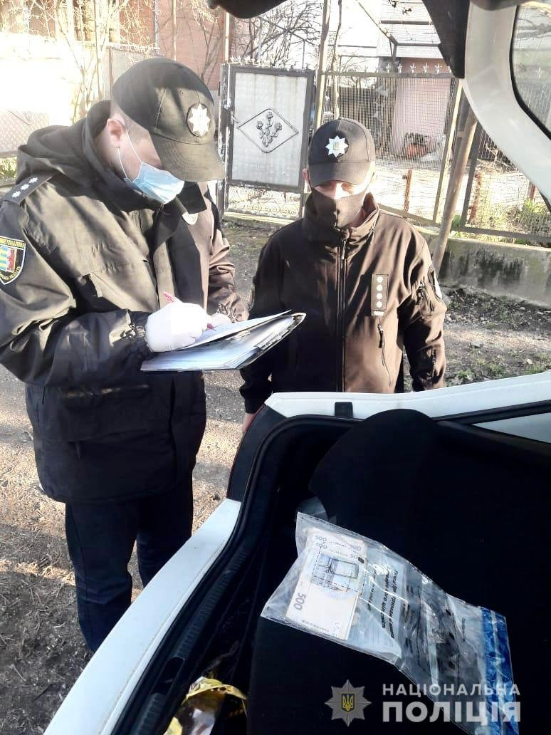 На Ужгородщині п'яний водій за 17 тис грн намагався відкупитися від поліцейських (ФОТО), фото-1