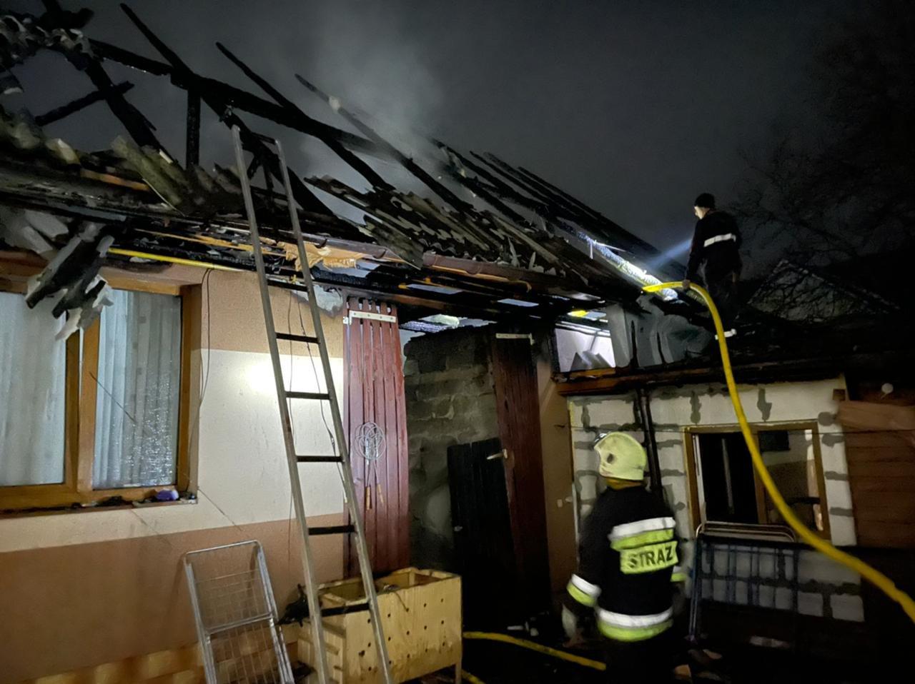 На Закарпатті вогнеборці врятували від знищення два житлові будинки, фото-4