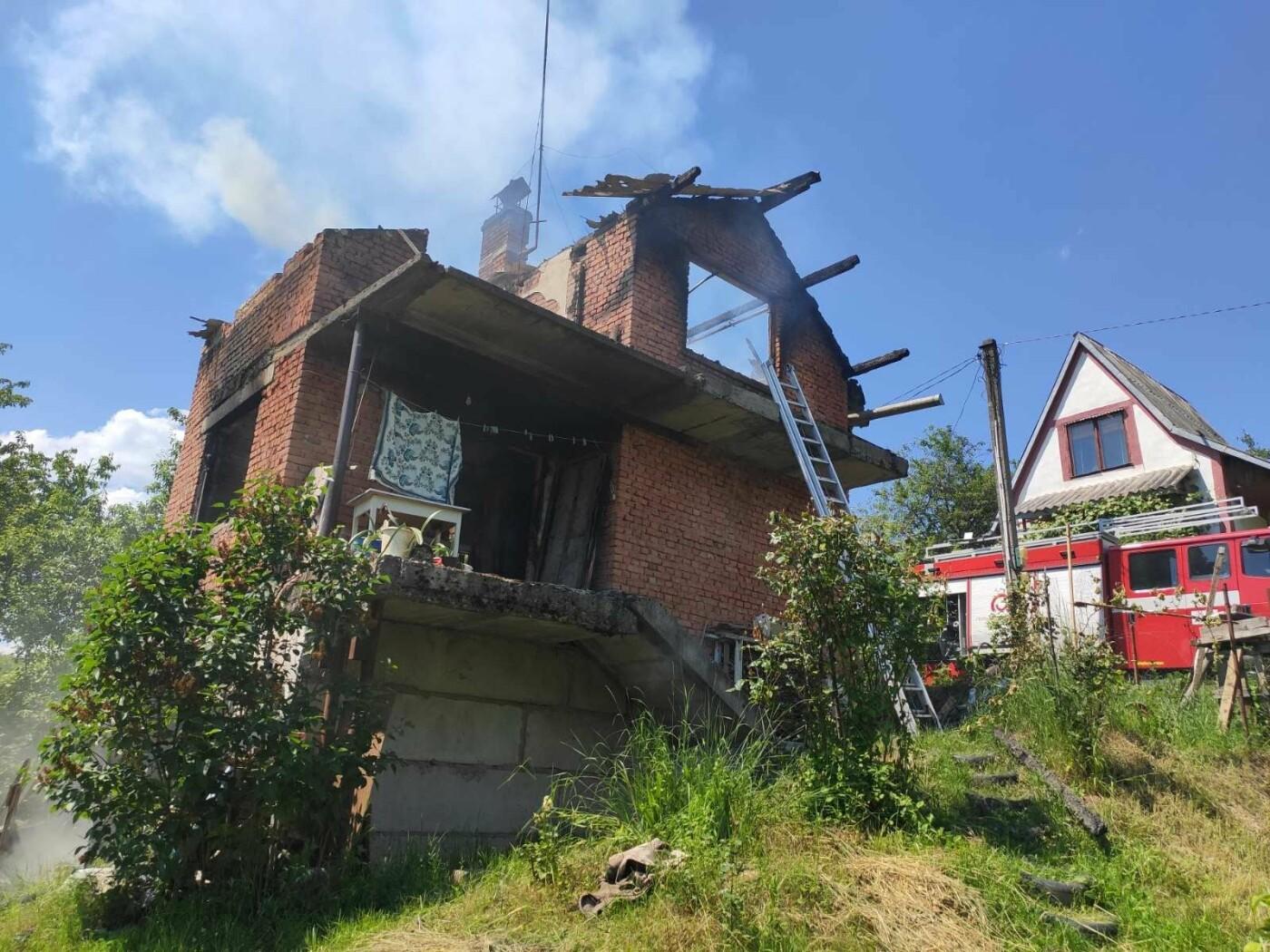 На Ужгородщині горів житловий будинок в дачному масиві  (ФОТО), фото-2