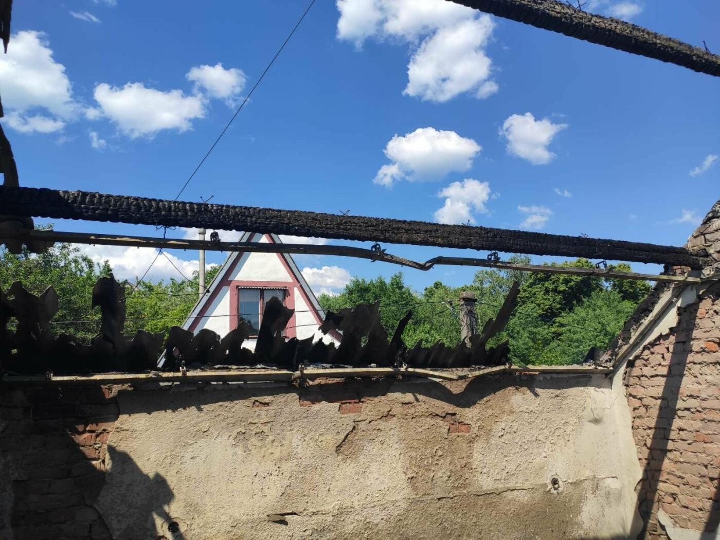 На Ужгородщині горів житловий будинок в дачному масиві  (ФОТО), фото-3